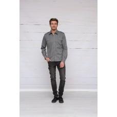 Uniform overhemd/shirt met lange mouwen.
